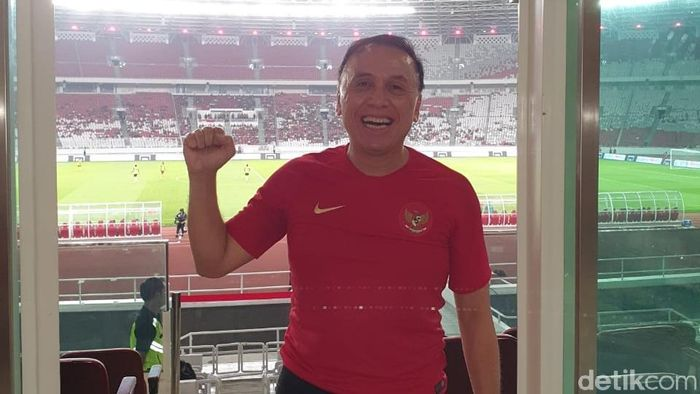 Kandidat Ketum PSSI M Iriawan saat menyaksikan Indonesia vs Vanuatu. (Foto: dok.Istimewa)