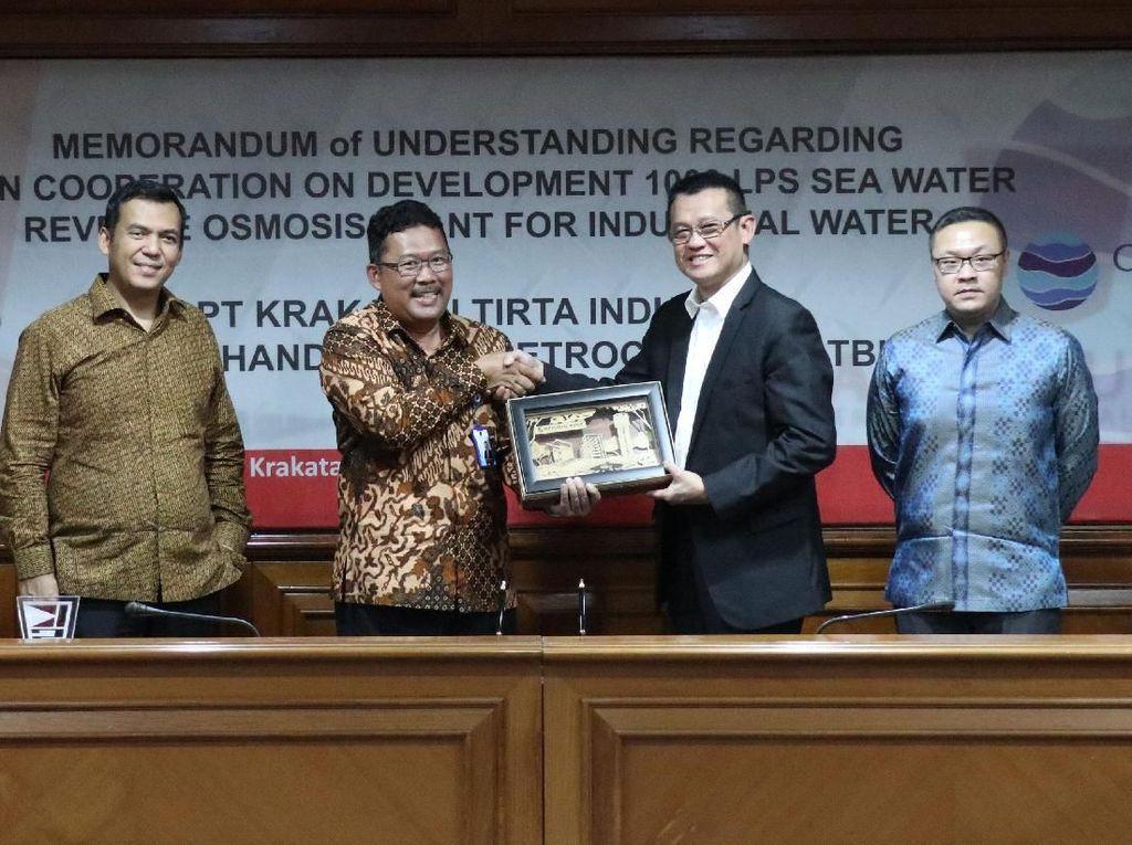 Proyek Pemanfaatan Pengolahan Air Laut