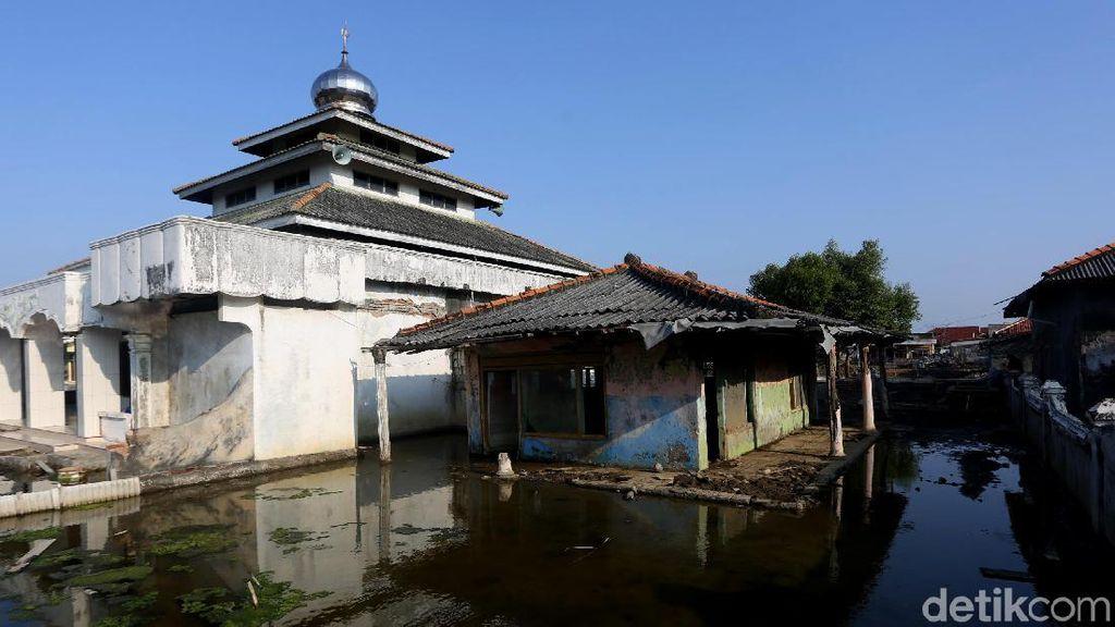 Cerita Satu Dekade Kampung Beting Pasca Abrasi di Ujung Bekasi