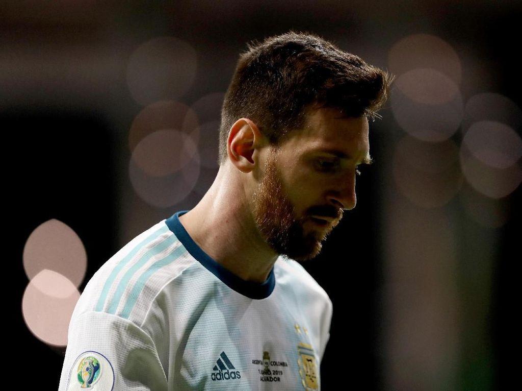 Jumpa Pers 40 Menit Lionel Messi Usai Argentina Tumbang