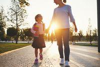 Hari Pertama Sekolah, Ajarkan Kemandirian Anak dengan 5 Cara Ini