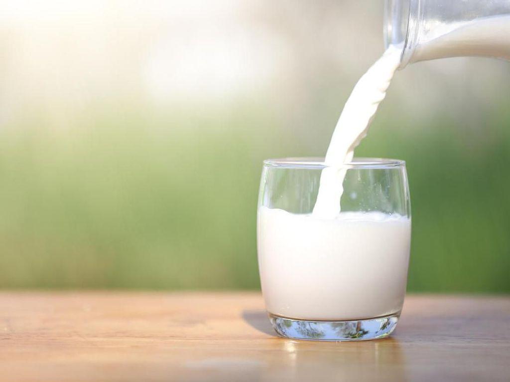 Berbagi Susu untuk Balita Terindikasi Kurang Gizi