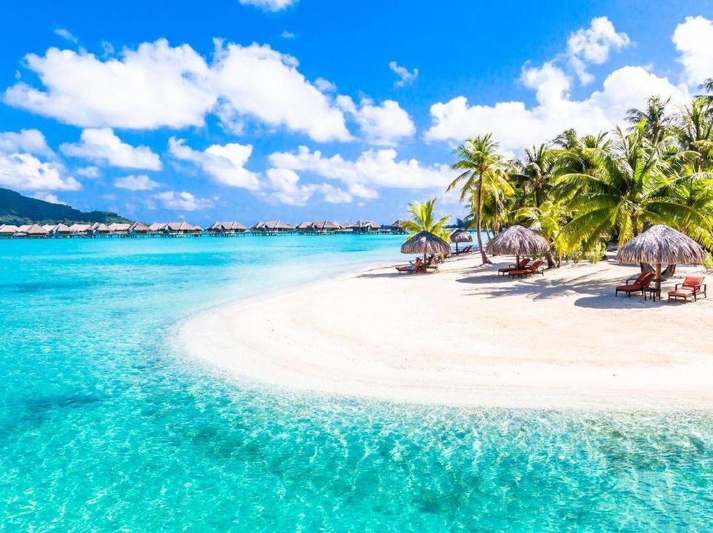Bora Bora Insecure Lagi, Turisnya Disuruh Pulang