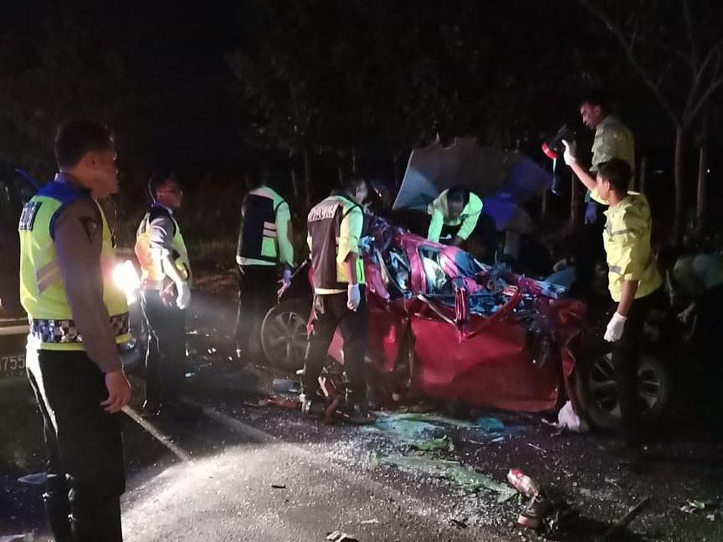 Hasil Investigasi KNKT: Kecelakaan di Cipali karena Amshor Rebut HP Sopir Bus