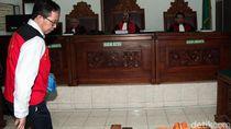Jokdri Menangis saat Cerita Minta Polisi Tak Sita Cincin Peninggalan Ibunya