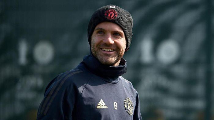 Juan Mata siap perpanjang kontrak dengan Manchester United. (Foto: Nathan Stirk / Getty Images)