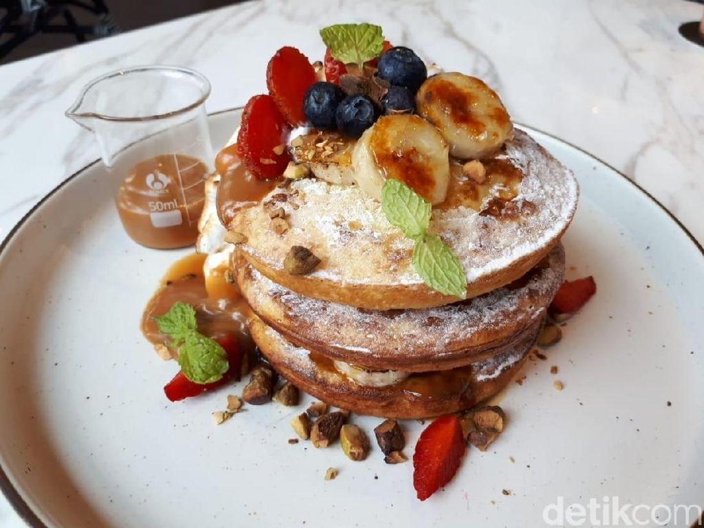 20 Pancake dan Waffle Enak Ada di Sini