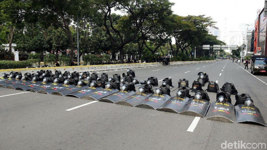 Marinir Hingga Brimob Bersiaga Amankan Istana Negara
