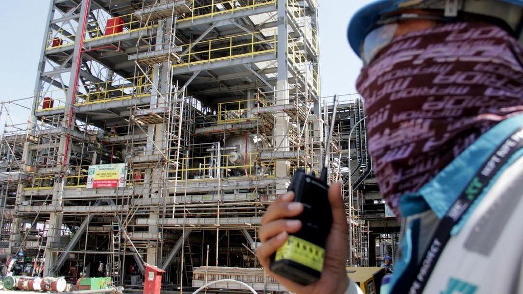 Melihat Pembangunan Pabrik Polietilena Chandra Asri