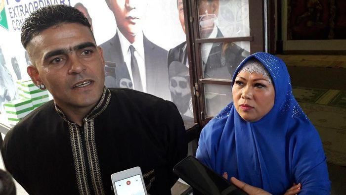 Cristian Gonzales menjadi kapten di klub barunya PSIM Yogyakarta. (Foto: Ristu Hanafi)