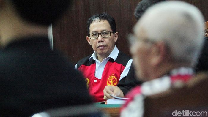 Sidang tuntutan bekas Plt Ketua Umum PSSI Joko Driyono ditunda. (Lamhot Aritonang/detikSport)