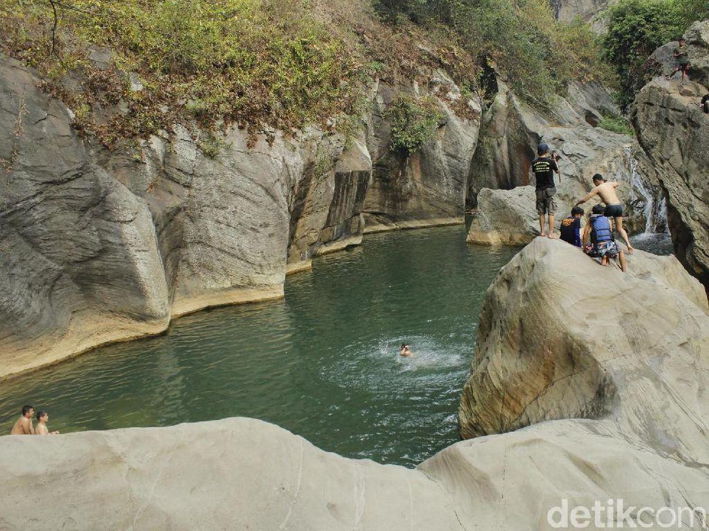 Mengintip Tempat Bidadari Mandi di Bandung