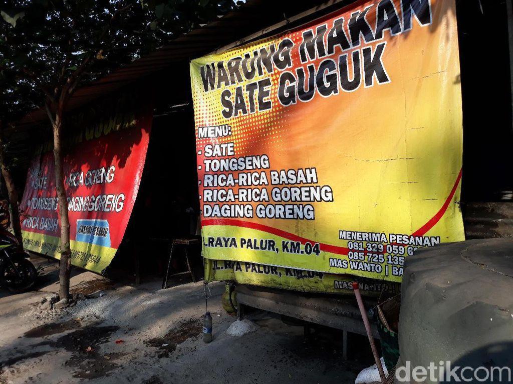 Cara Jokowi Membongkar Penyesatan Warung Kuliner Anjing di Solo