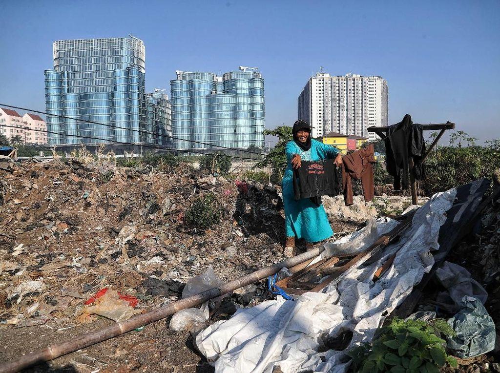 Melihat Sisi Lain Kehidupan Kota Jakarta
