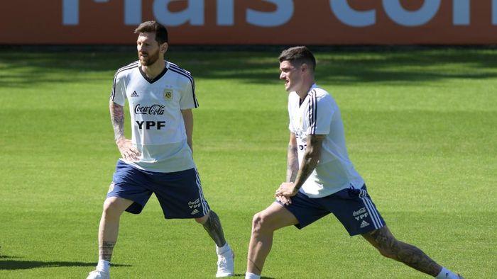 Timnas Argentina menghadapi laga hidup-mati kontra Paraguay (REUTERS/Washington Alves)
