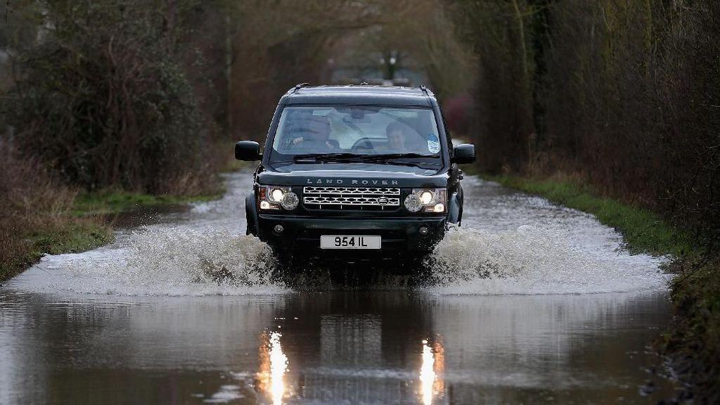 Jejak Land Rover, Dari Kendaraan Perang Hingga Mobil Mewah