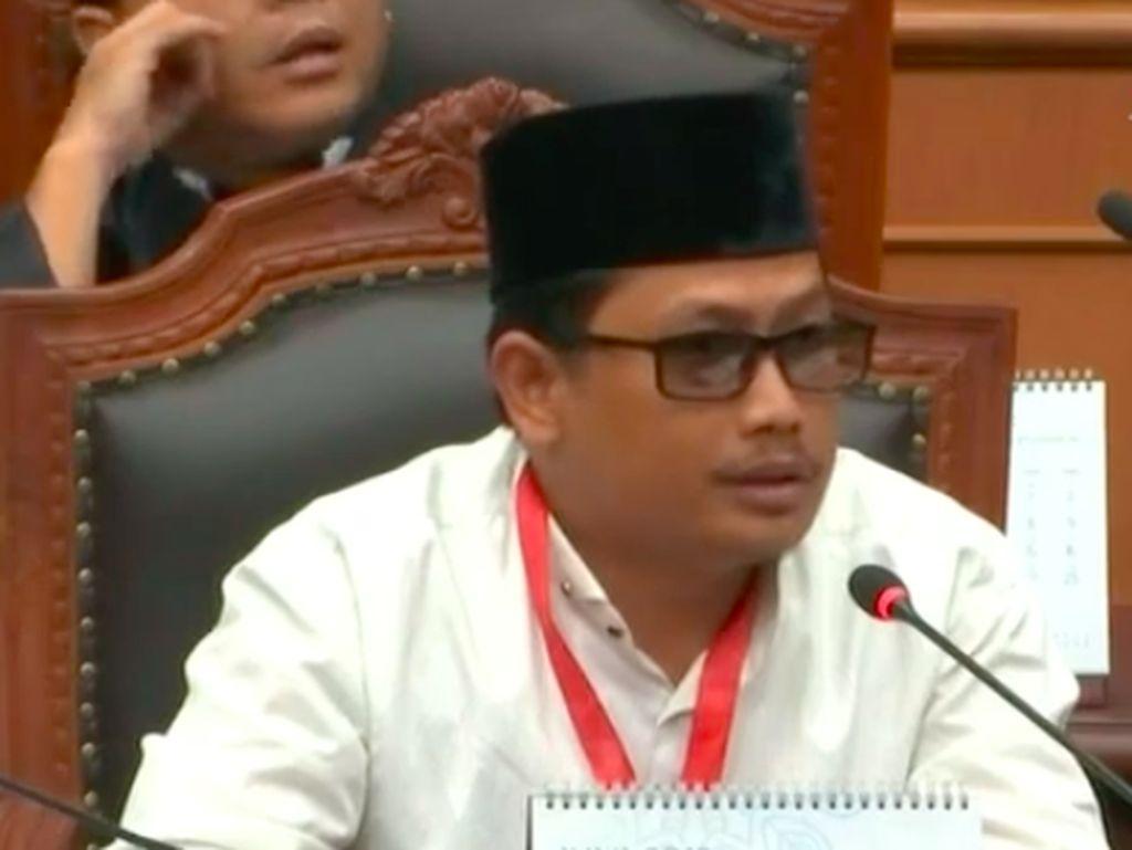 KPU Sindir Saksi 02 Tahanan Kota: Ngomong Pelan dan Kacamata Gaya