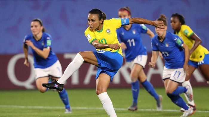 Marta kini menjadi pemain paling subur sepanjang sejarah Piala Dunia (Robert Cianflone/Getty Images)