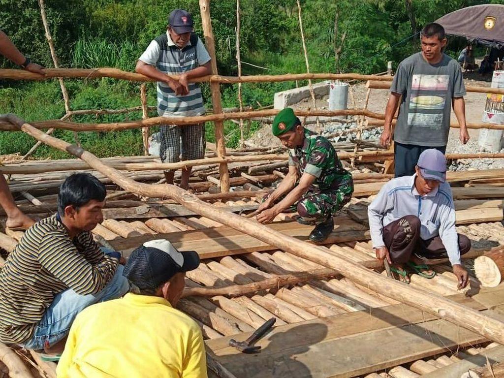 Jembatan Darurat Sumsel-Lampung Sempat Jebol Karena Truk Nekat Lewat