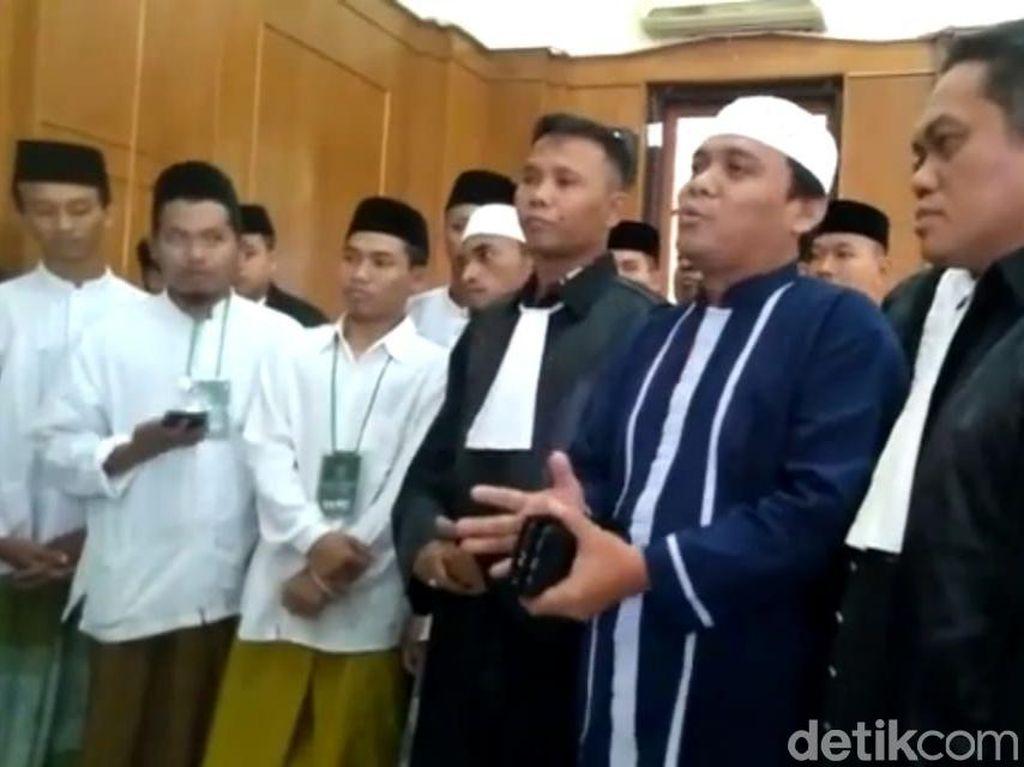 Kecewanya Gus Nur Saat Sidangnya Ditunda Karena Saksi Ahli Tak Hadir