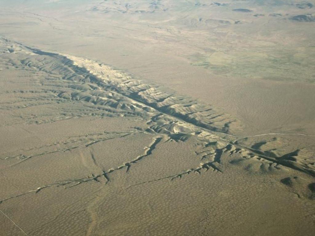 San Andreas, Biang Keladi Banyaknya Gempa di California