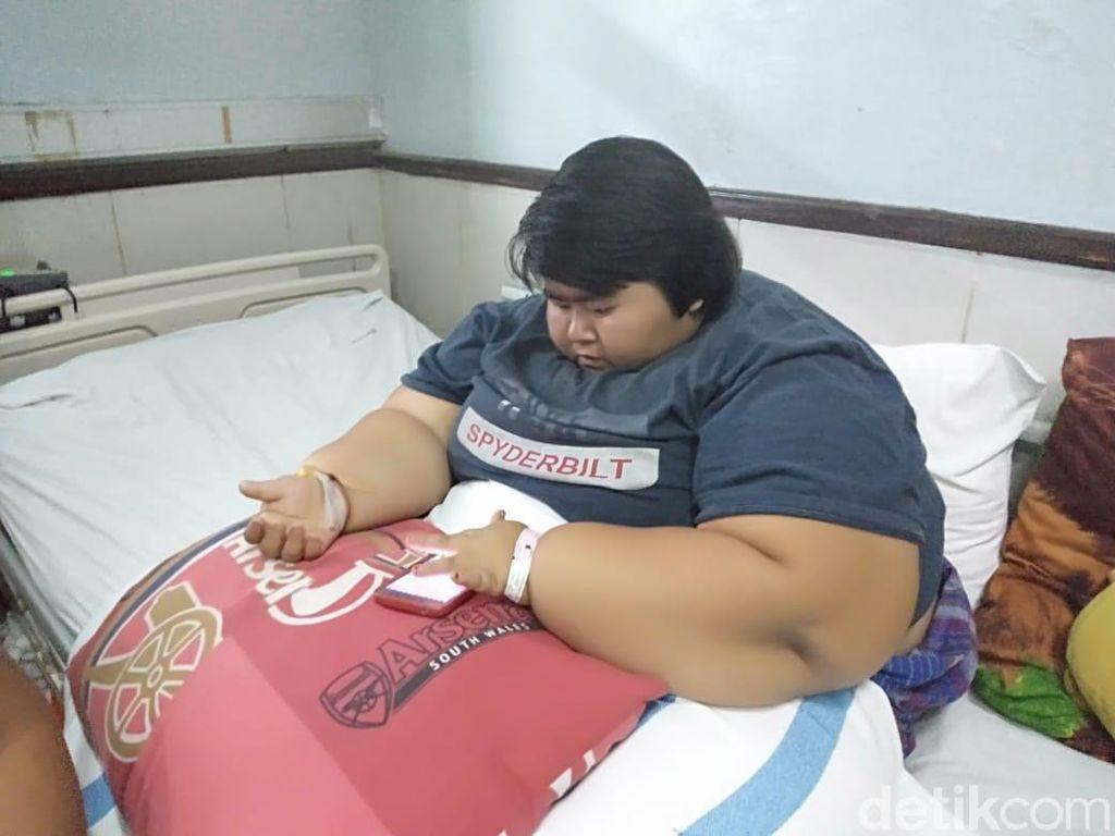 Yunita Maulidia, Gadis Berbobot 142 Kg asal Sidoarjo Kembali Dirawat