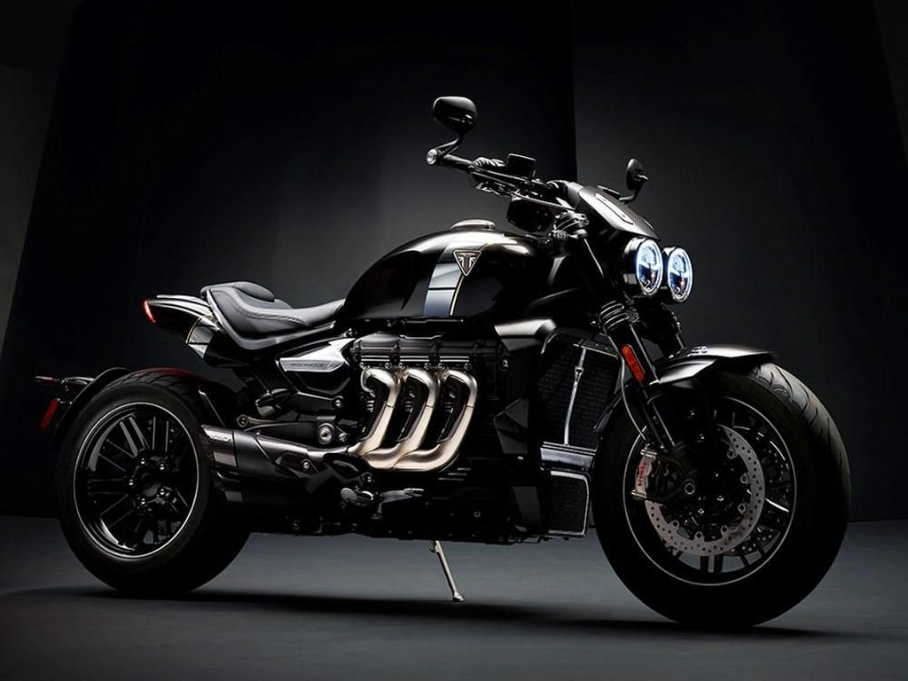 Motor dengan Mesin Paling Besar, 2.500cc!