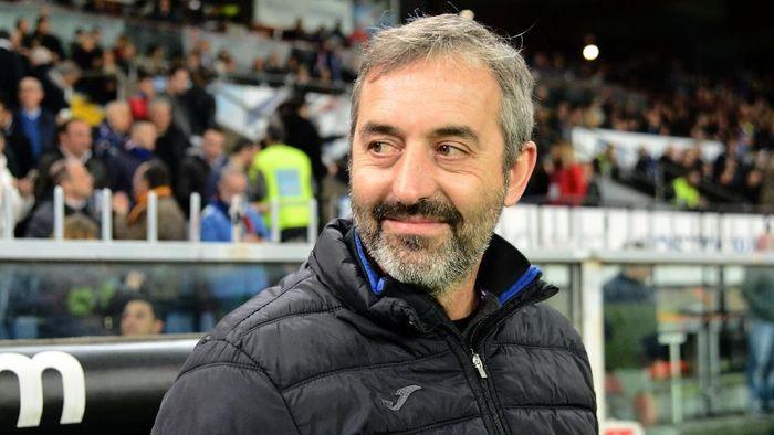 Marco Giampaolo kini menjadi juru taktik anyar di AC Milan. (Foto: Paolo Rattini/Getty Images)