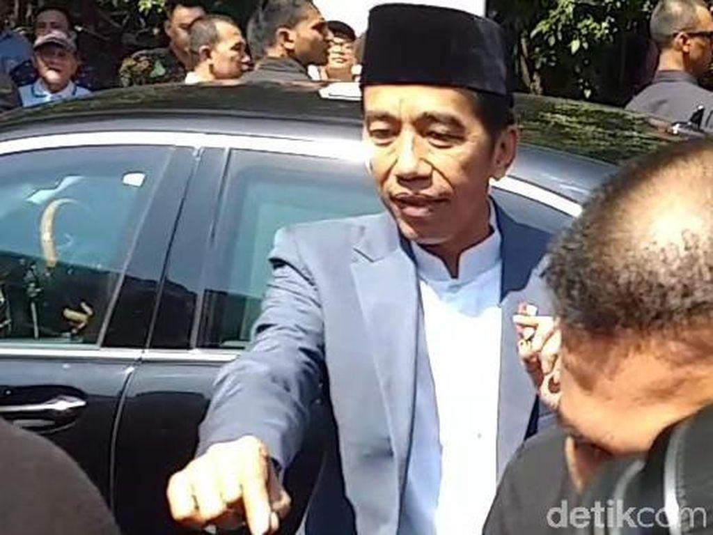 Selamat Bapak Jokowi dari Para Artis untuk Lanjut Pimpin Indonesia