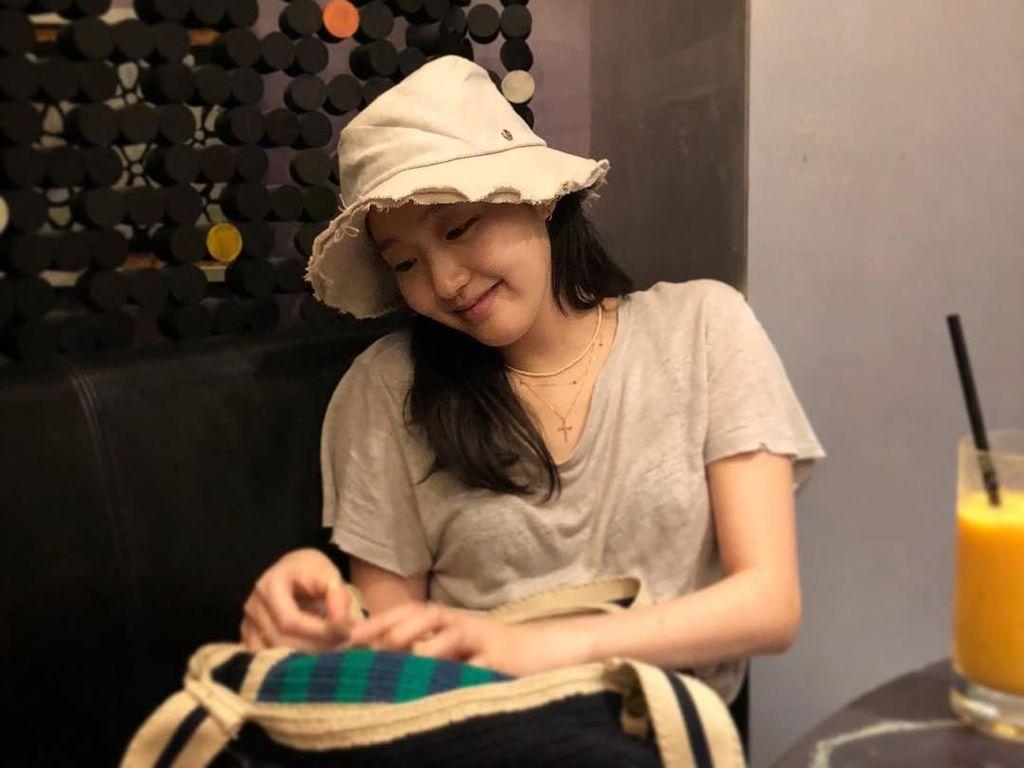 Pose Kulinerán  Kim Go Eun Cheese In the Trap yang Akan Adu Akting Bareng Lee Min Ho