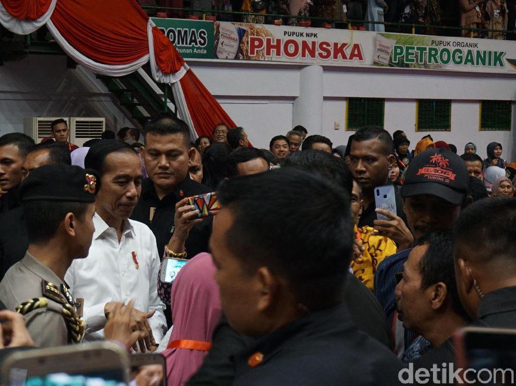 Zonasi PPDB Banyak Masalah, Jokowi: Perlu Dievaluasi