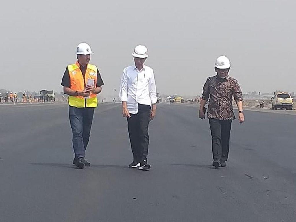 Ulang Tahun, Jokowi Tinjau Runway Baru di Bandara Soekarno-Hatta