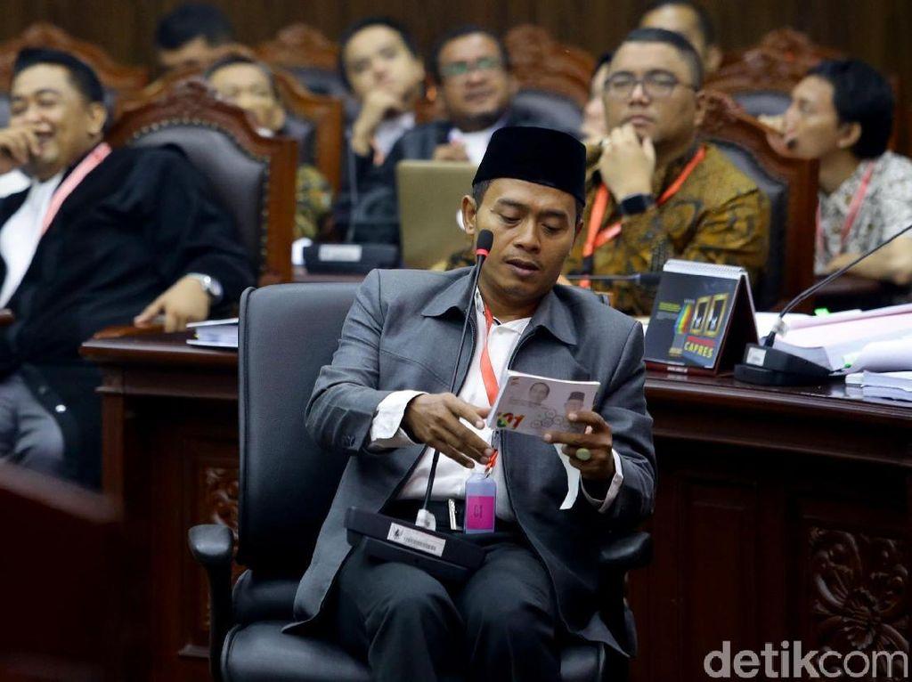 Tim Prabowo Cecar Saksi 01 Soal Kehadiran Hasto dan KPU di Pelatihan TKN