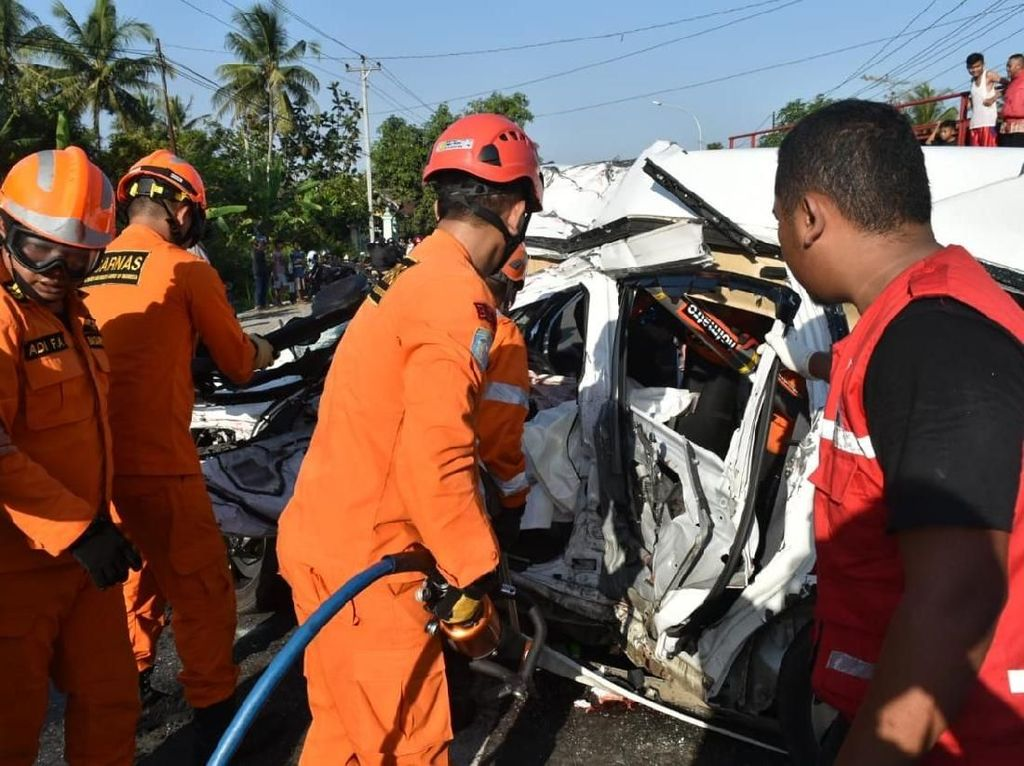 Kecelakaan Beruntun di Kulon Progo, 3 Orang Tewas