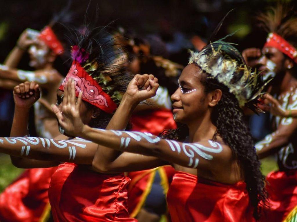 15 Tarian Papua Beserta Asal Daerahnya