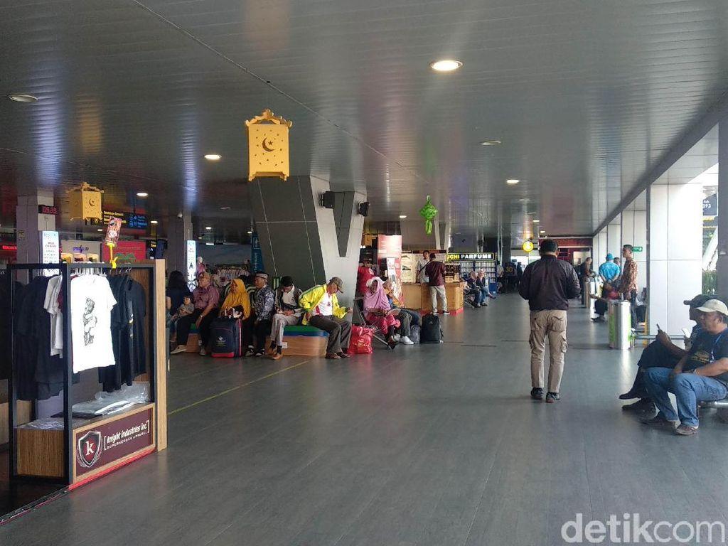 Sempat Ditutup, Penerbangan di Bandara Bandung Kembali Normal