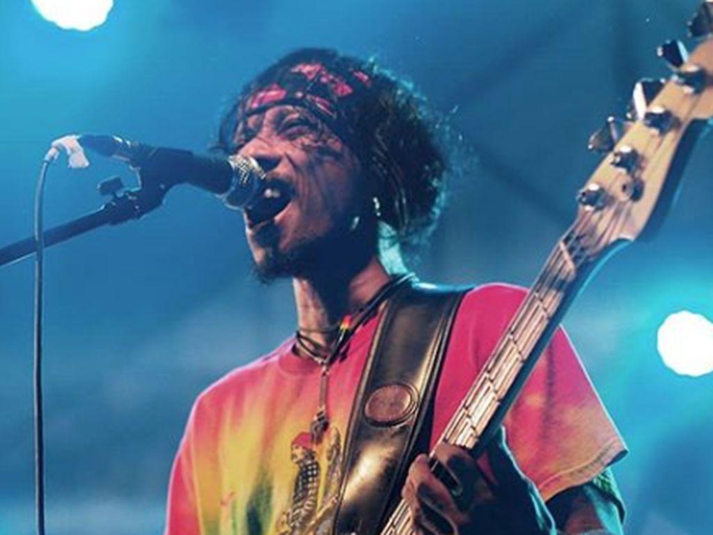 Vokalis Boomerang Buka Suara soal Ditangkapnya Sang Bassist
