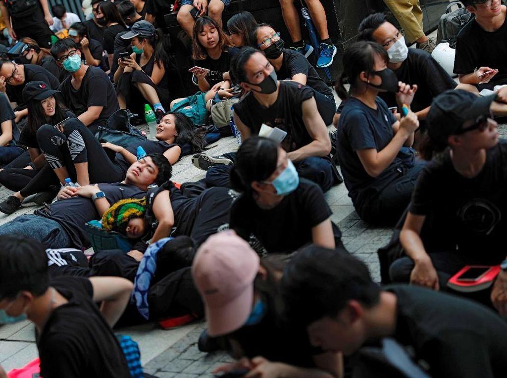 Ratusan Demonstran RUU Ekstradisi Kembali Turun ke Jalanan Hong Kong