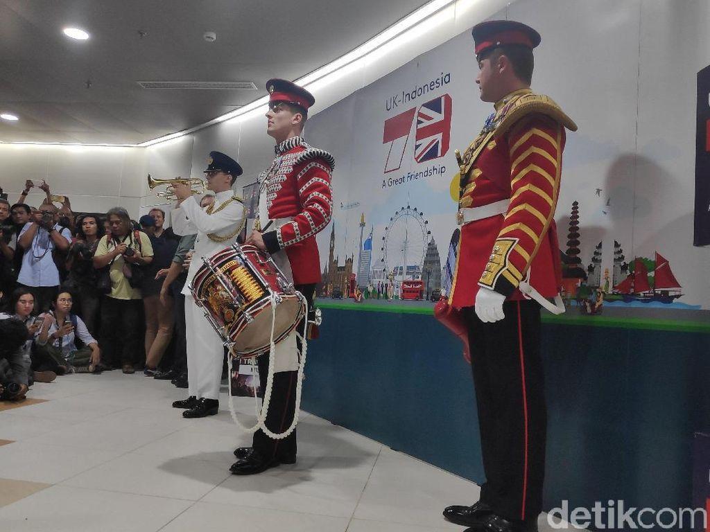 Rayakan Ulang Tahun Jakarta, Militer Inggris Hibur Warga dengan Musik