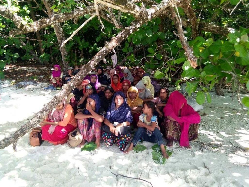 Cerita Warga Rohingya Mengungsi ke Bangladesh Demi Rasa Aman