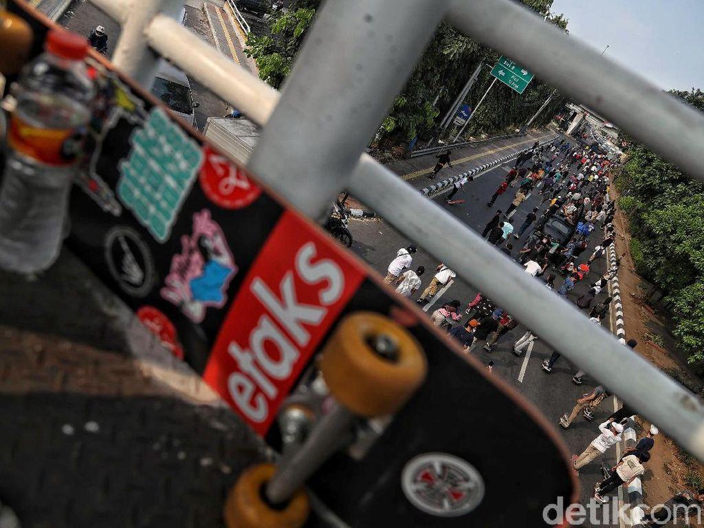 Sulap Papan Skateboard Buluk, Reguk Omzet Rp 20 juta/ bulan