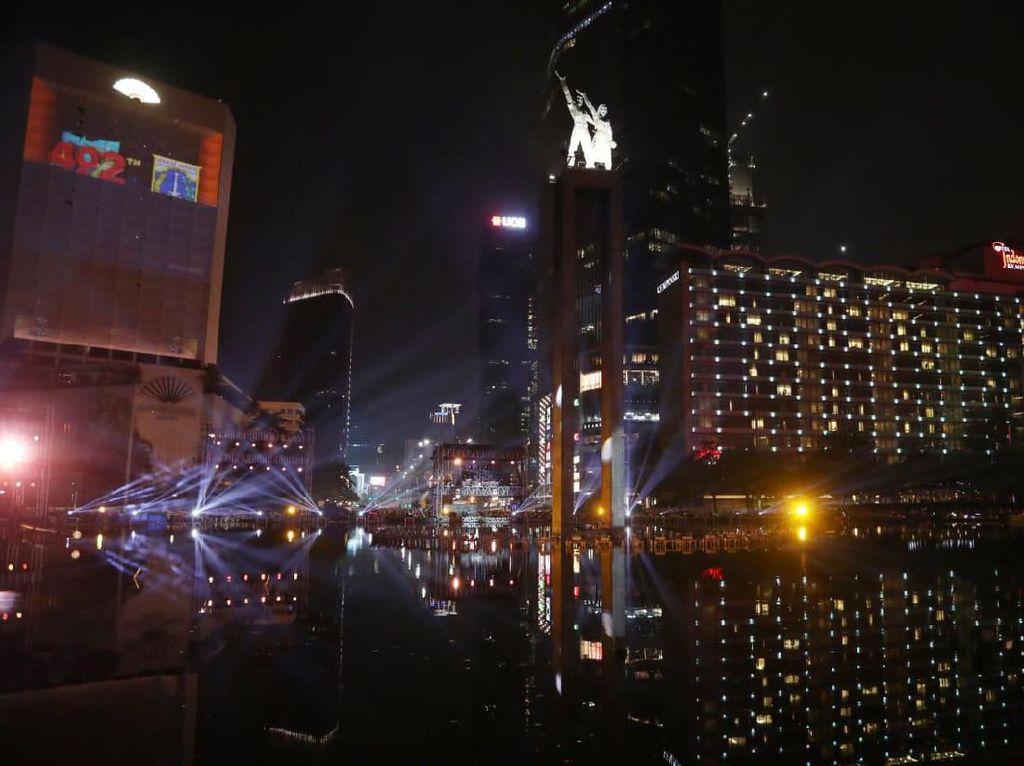 Keren! Warna-warni Video Mapping di HUT Jakarta