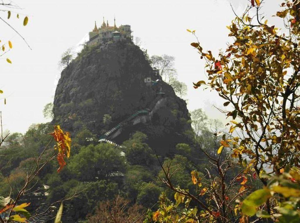 Gunung Poppa, Tempat Para Dewa Bertahta di Myanmar