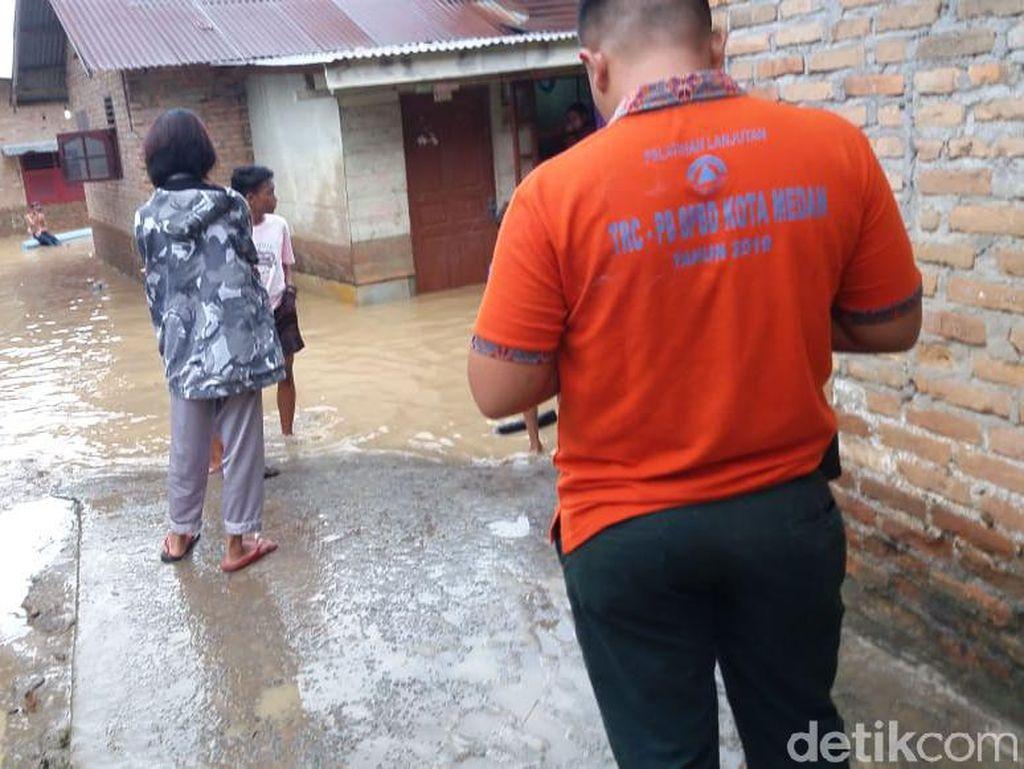 Banjir di Medan Surut, Sebagian Warga Kembali ke Rumah