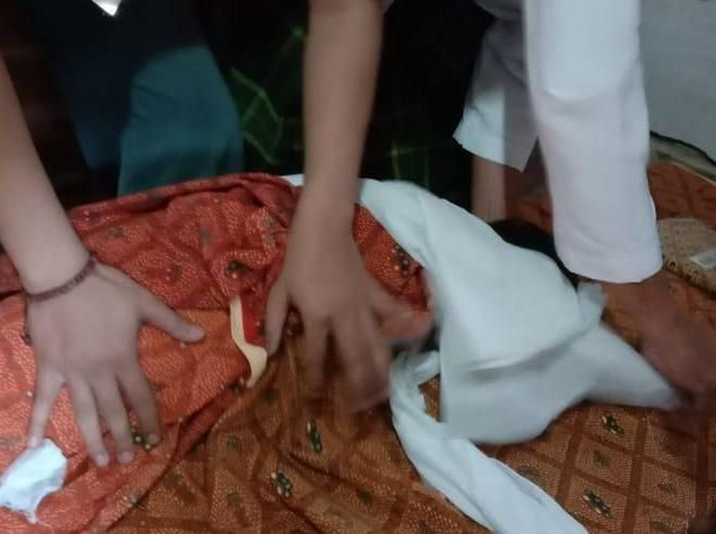 Tega! Ayah Banting Anak Berusia 18 Bulan hingga Tewas di Grobogan