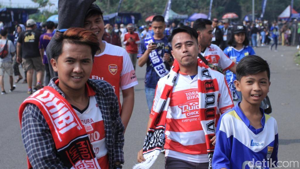 Suasana di Stadion Si Jalak Harupat Jelang Persib vs Madura United