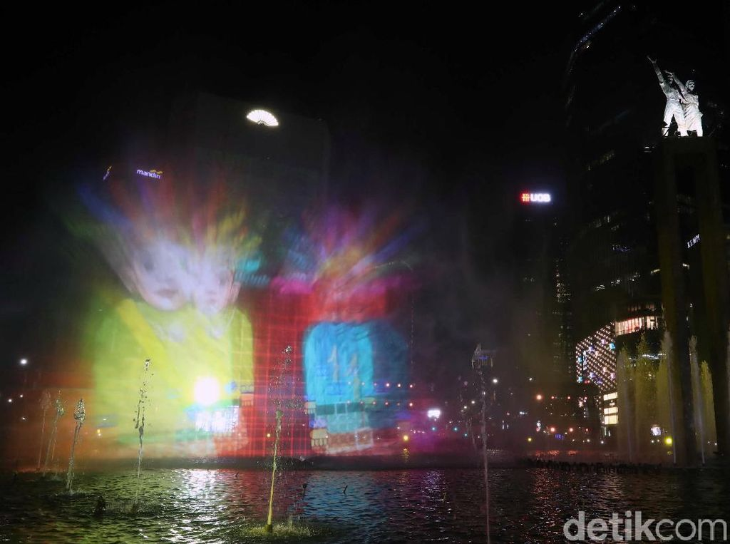 Water Screen & 3D Projection Mapping Meriahkan Jakarta Muharram Festival