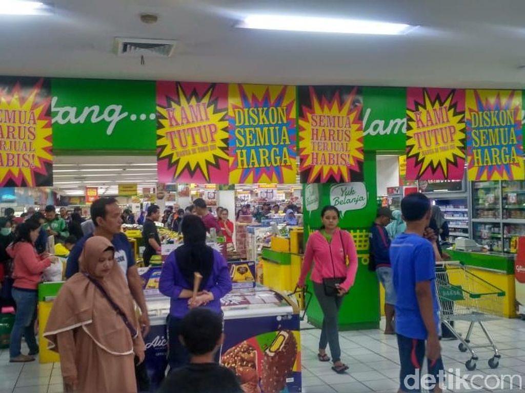 Seputar Supermarket Giant Bakal Tutup 6 Gerai