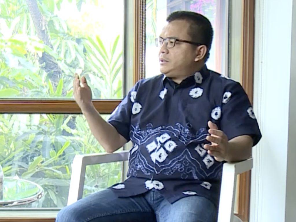 Denny Indrayana Banting Setir Lagi