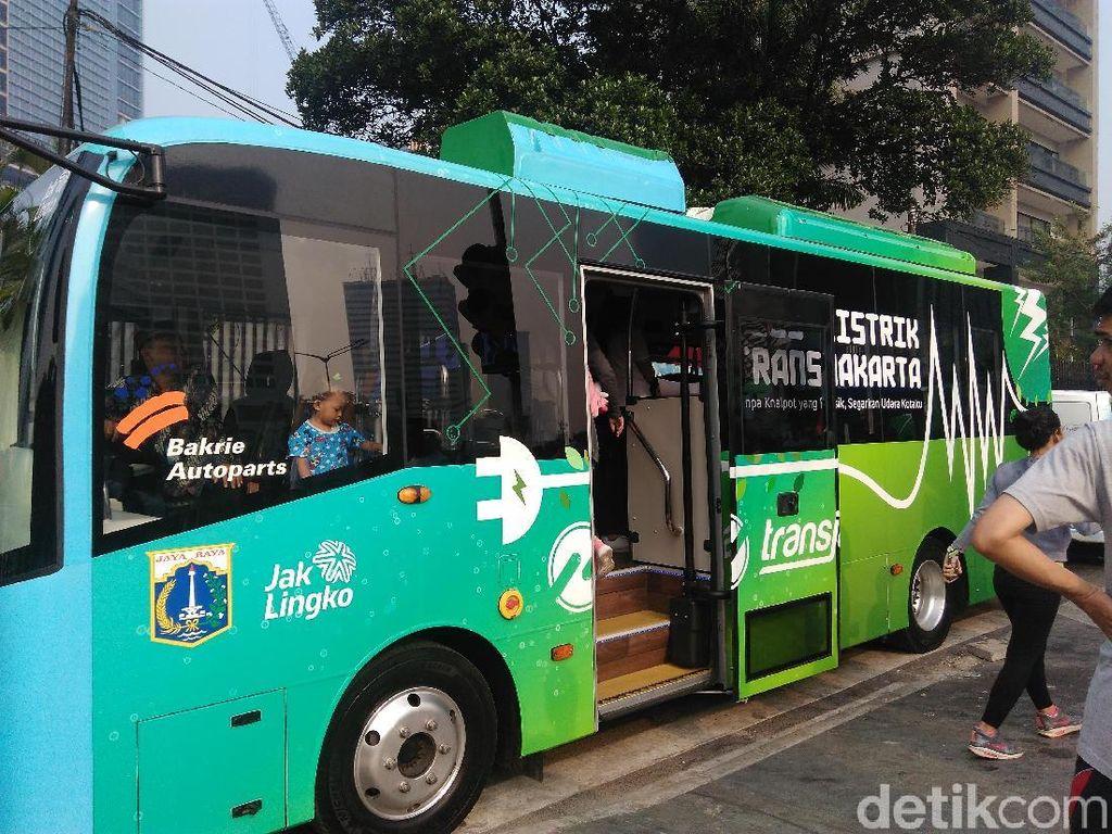 TransJakarta Tunggu Izin Operasi Bus Listrik